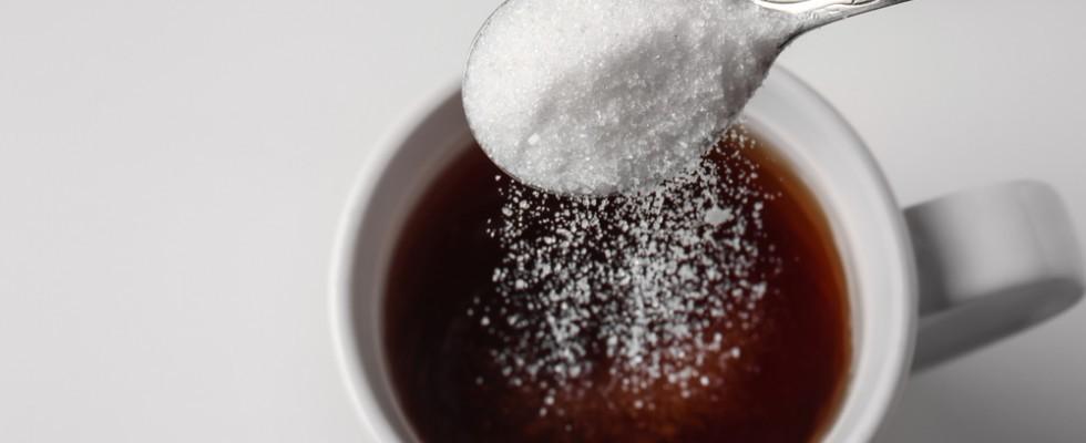 Perché non dovresti mettere lo zucchero nel caffè