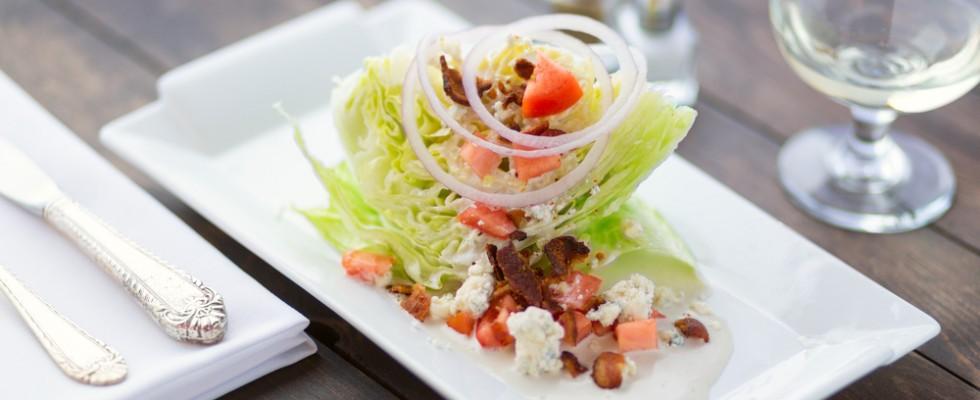 Perché in USA amano le wedge salad (e cosa sono)