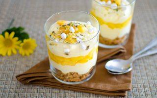 Trifle di pesche: un dolce fresco adatto per l'estate