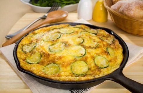 La frittata di zucchine e alici con la ricetta di Cotto e Mangiato
