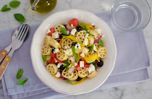 Insalata di pasta alla greca: fresca e saporita