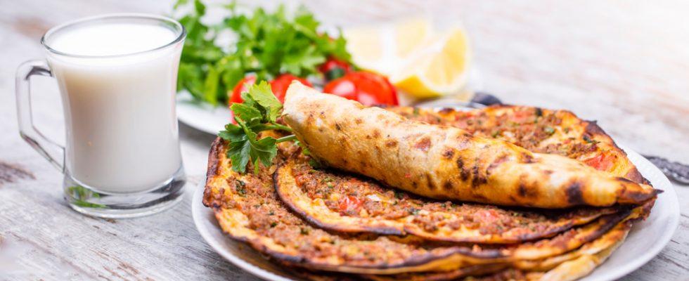 Lahmacun: dove mangiare la pizza turca