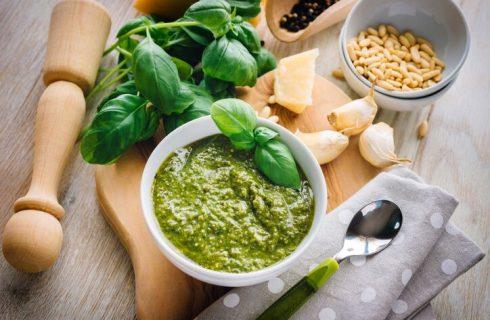 Pesto alla genovese, la ricetta originale con frullatore a immersione