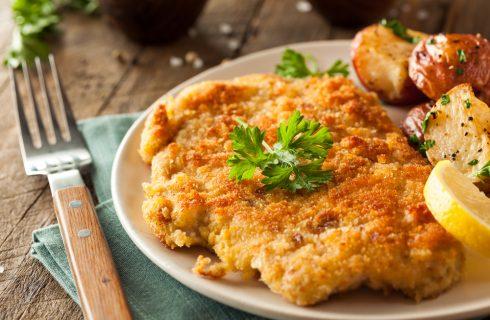 Cotolette: qual è la differenza tra la Schnitzel viennese e quella milanese?