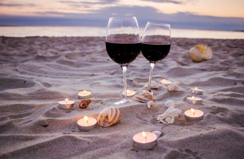 8 vini da spiaggia per bere bene anche in vacanza