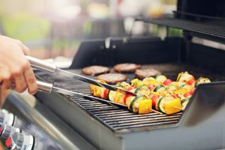 7 consigli per un barbecue senza rischi per la salute