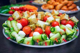 Buffet freddo: 20 idee per piatti e bevande da preparare