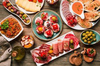 Menu di Ferragosto senza cottura: dall'antipasto al dolce