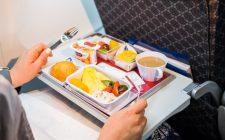 Consigli di viaggio: cosa mangiare in aereo