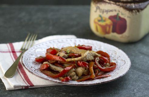 Straccetti di maiale ai peperoni: secondo piatto veloce