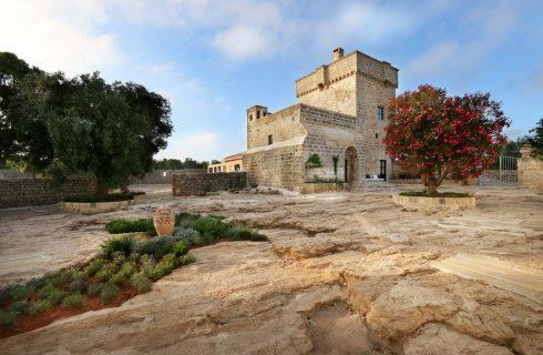 Antica Masseria del Fano, dove si produce l'olio extravergine di oliva dei monaci basiliani