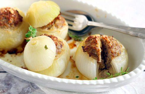 Cipolle ripiene di carne: secondo piatto sfizioso