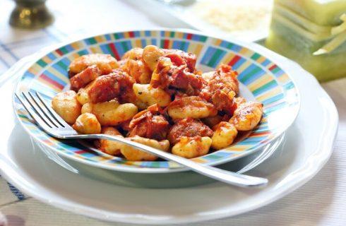 Gnocchi con pancetta, la ricetta
