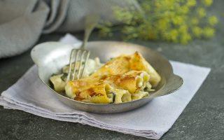 Pasta al forno ai quattro formaggi e spinaci: filante e gustosa