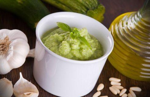 La ricetta del pesto di zucchine col Bimby