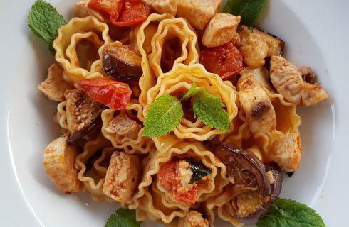 Spaghetti pesce spada e melanzane, la ricetta