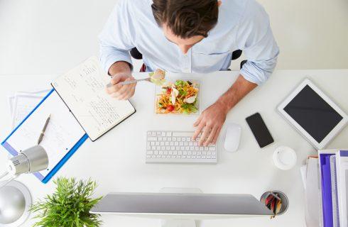 Back to work: 5 tip per rimettersi a dieta senza drammi dopo le ferie