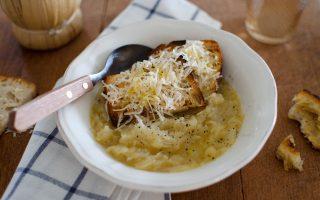 Carabaccia, la zuppa di cipolle toscana