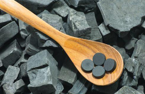 Carbone vegetale: fa bene davvero?