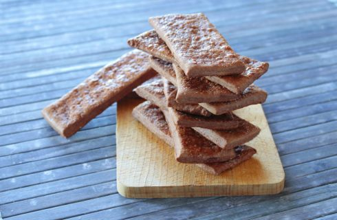 Cracker al cioccolato: uno spuntino goloso
