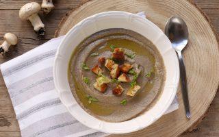Crema di funghi e patate: per i primi freddi