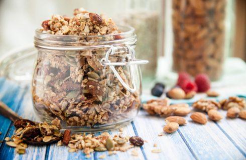 Granola proteica fatta in casa, la ricetta per sportivi e non