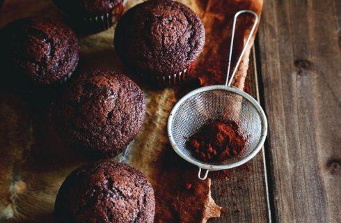 Muffin al cioccolato senza uova, la ricetta golosa