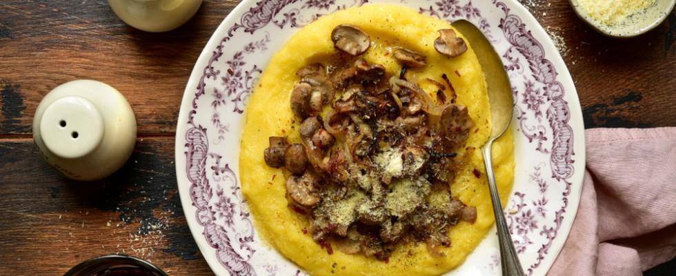 Dove mangiare la Polenta: una guida da Nord a Sud