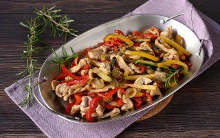 Straccetti di maiale con verdure: un secondo salva cena