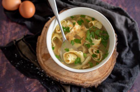 Frittatensuppe: perfetta per le cene invernali