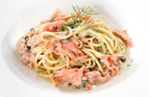 Pasta salmone e pistacchi senza panna, la ricetta gustosa