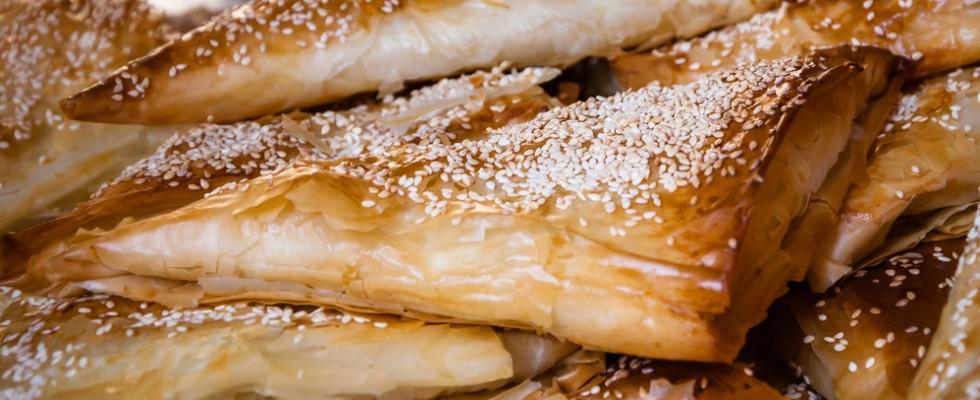 Se ancora non l'avete provato, mangiate il burek