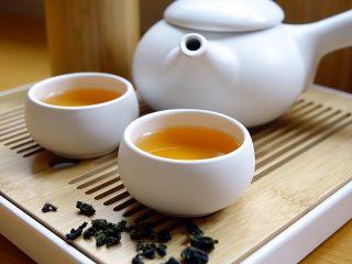Tè: come prepararlo e degustarlo secondo il tea sommelier