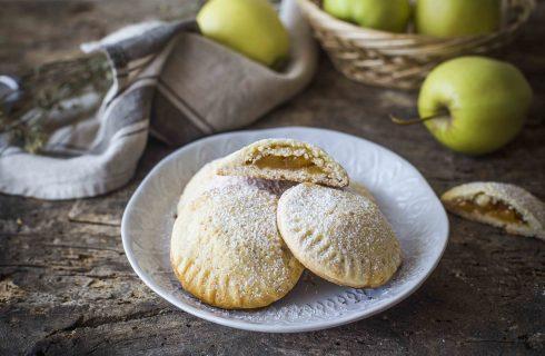 Cuori di mela: frollini ripieni