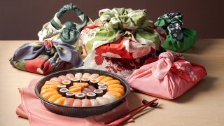 A Natale regalate il sushi (ma incartatelo con il furoshiki)