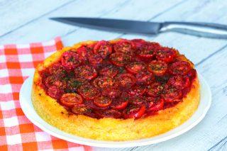 Pizza di polenta al pachino