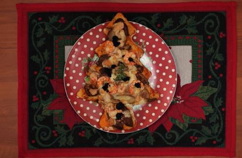 Focaccia di Natale: porcini, gamberi e mazzancolle