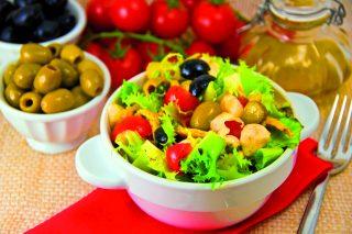 Insalata olive e mozzarella