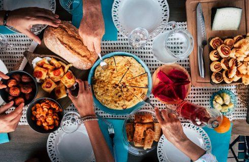 Vecchie tradizioni tornano di moda: l'abbonamento al ristorante