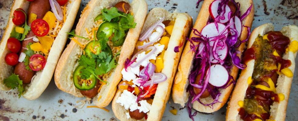Non solo crauti: gli stili di hot dog che dovreste conoscere e assaggiare