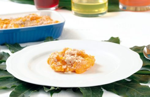 Vellutata di zucca all'arancia con orzo gratinato al microonde
