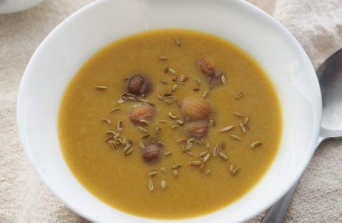 Zuppa di castagne con semi di finocchio al bimby