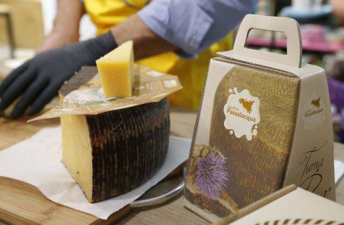 Salviamo la Tuma Persa, il formaggio cult siciliano quasi estinto