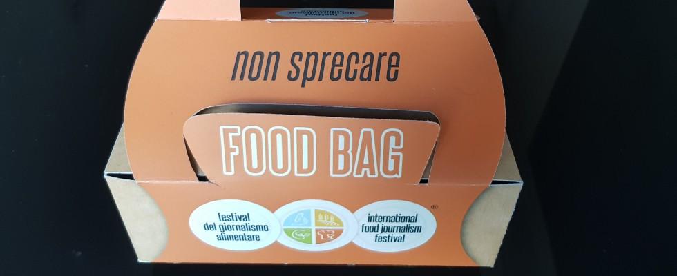 Basta spreco: la doggy bag deve diventare obbligatoria