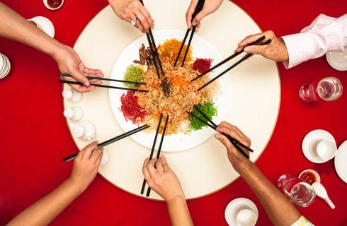 Milano: La Notte delle Bacchette per sostenere la comunità cinese