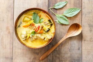 Piccola guida al curry: tipologie, abbinamenti, usi in cucina