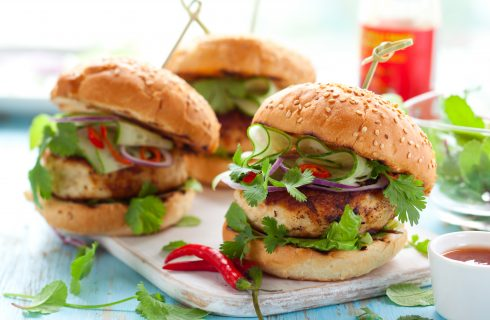 Hamburger di pollo al forno