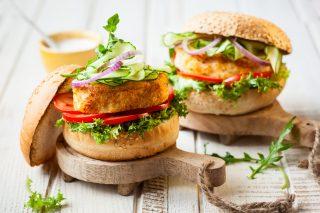 Hamburger di salmone al forno