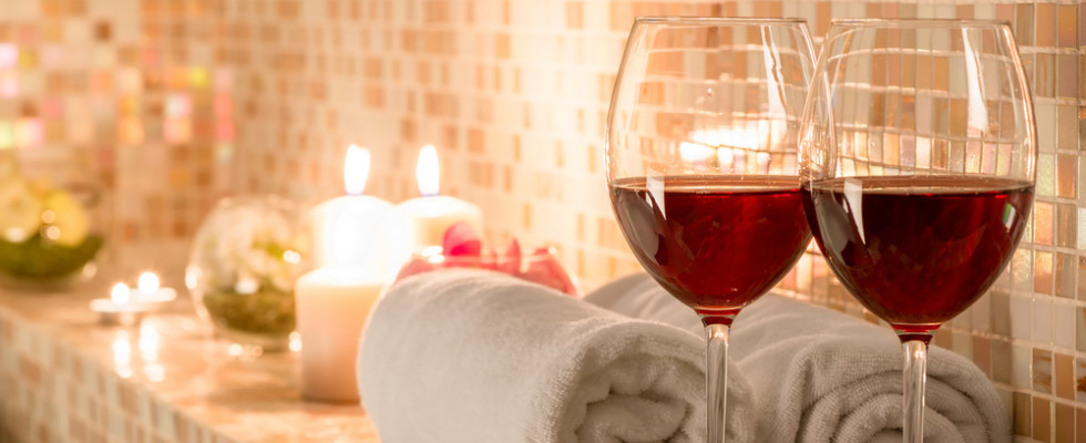 Wine therapy: dagli antichi romani a oggi, il benessere dal vino