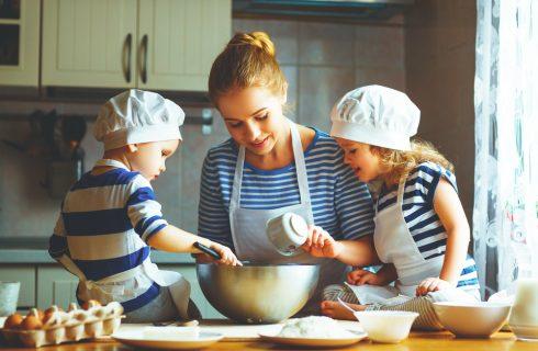 Scuole chiuse: 8 ricette da cucinare insieme ai bambini